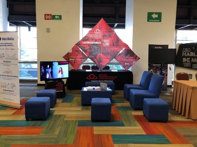 Centro Universitario de Comunicación, Merca 2.0